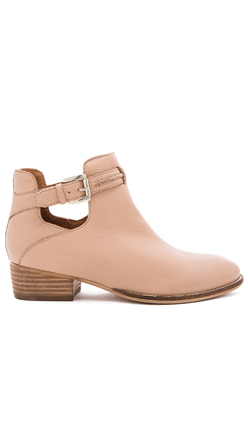 Seychelles Tourmaline Booties in Nude