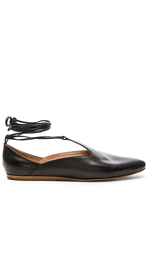 Seychelles Hive Flats in Black