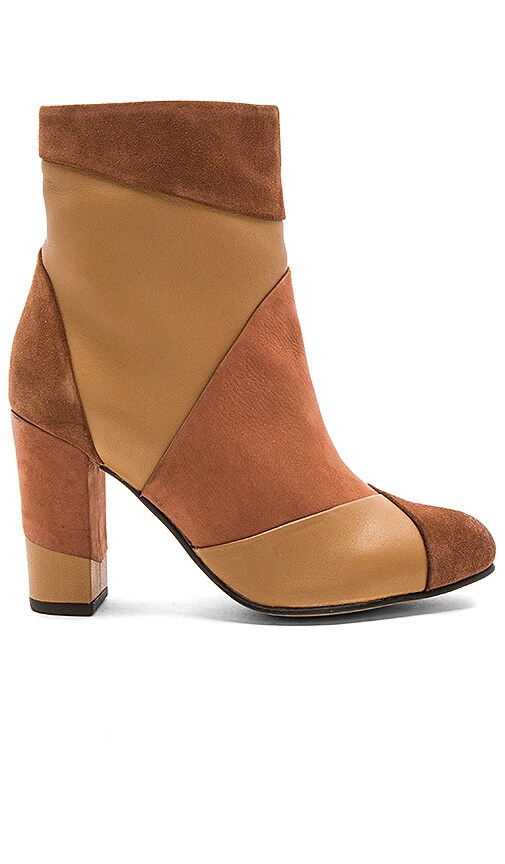 Seychelles Skulk Booties in Tan