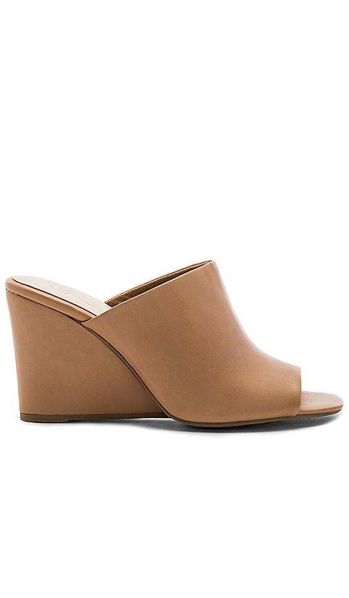 Seychelles Affirmation Wedge in Tan