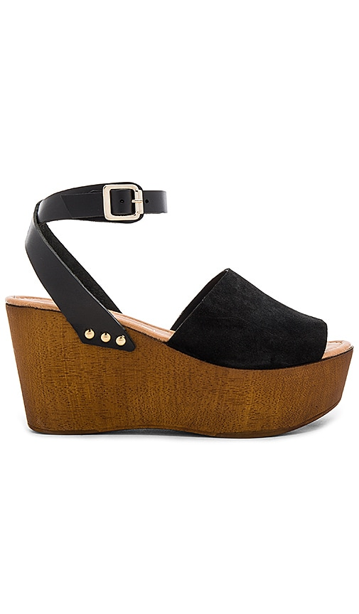 Seychelles Forward Sandal in Black