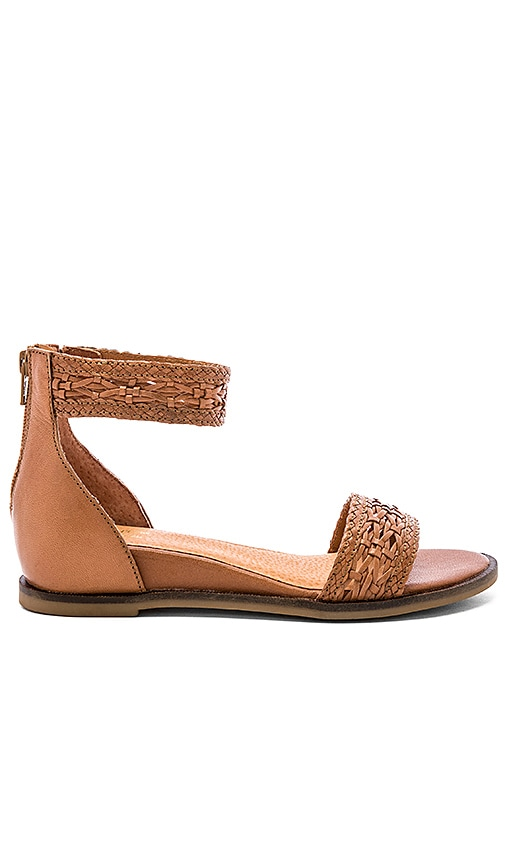 Lofty Woven Sandal