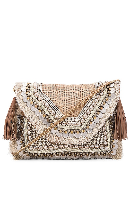 SHASHI Lella Clutch in Natural