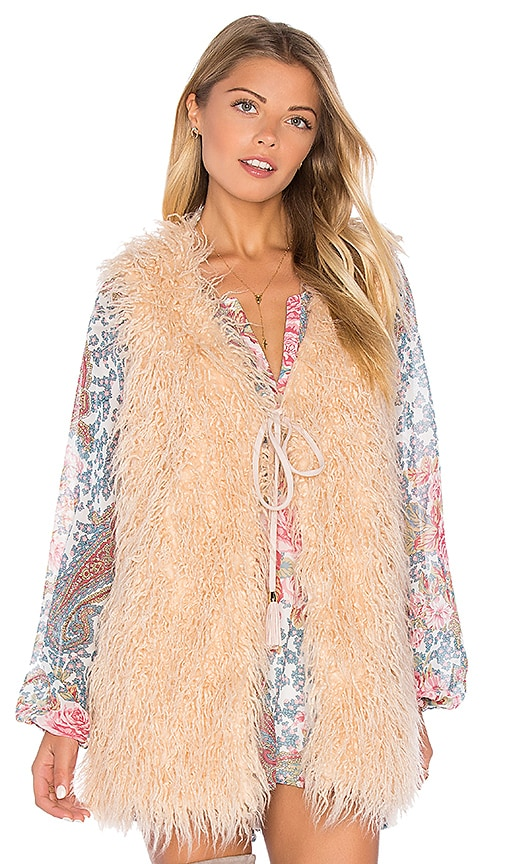 Show Me Your Mumu Luis Faux Fur Vest in Blush