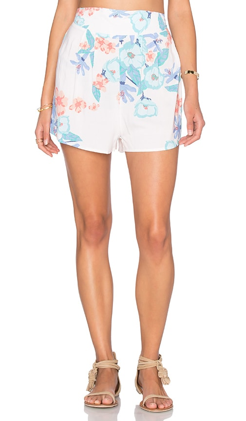 Somedays Lovin Day Dreamer Shorts in White