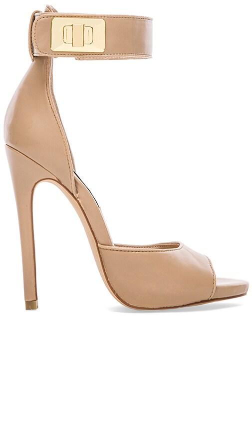 Mayven Heel