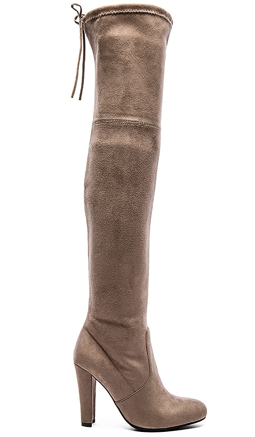 Steve Madden Gorgeous Boot in Taupe