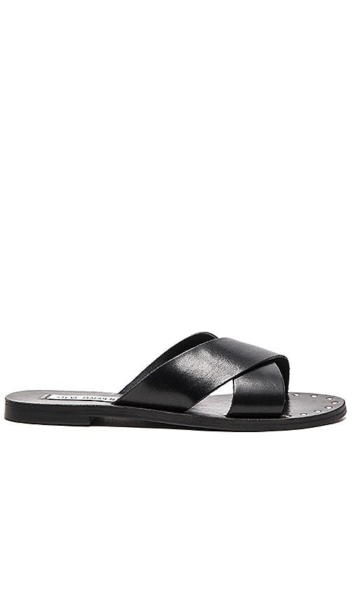 Steve Madden Dryzzle Sandal in Black