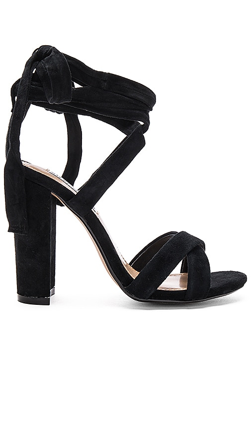 Steve Madden Christey Heel in Black