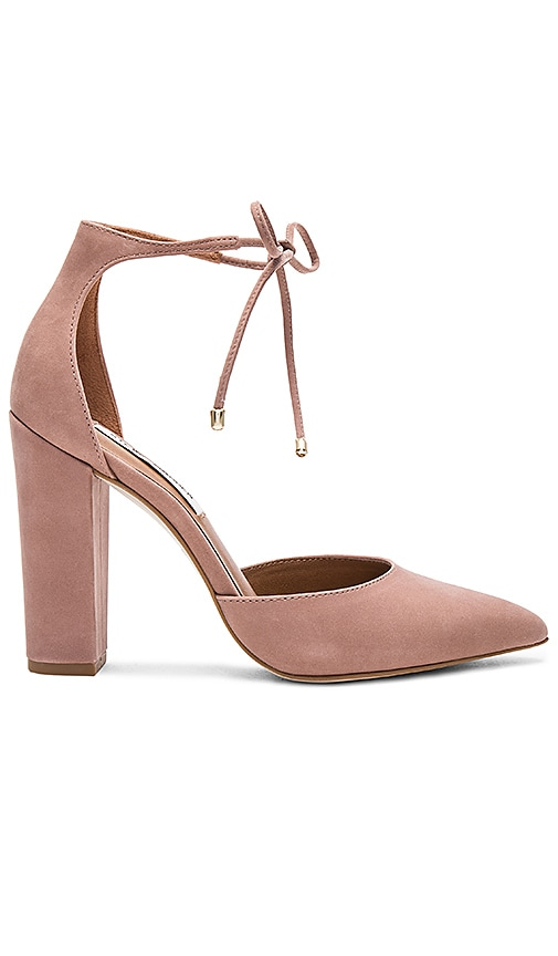 8fc96f7365e Steve Madden Pampered Heel in Blush Nubuck