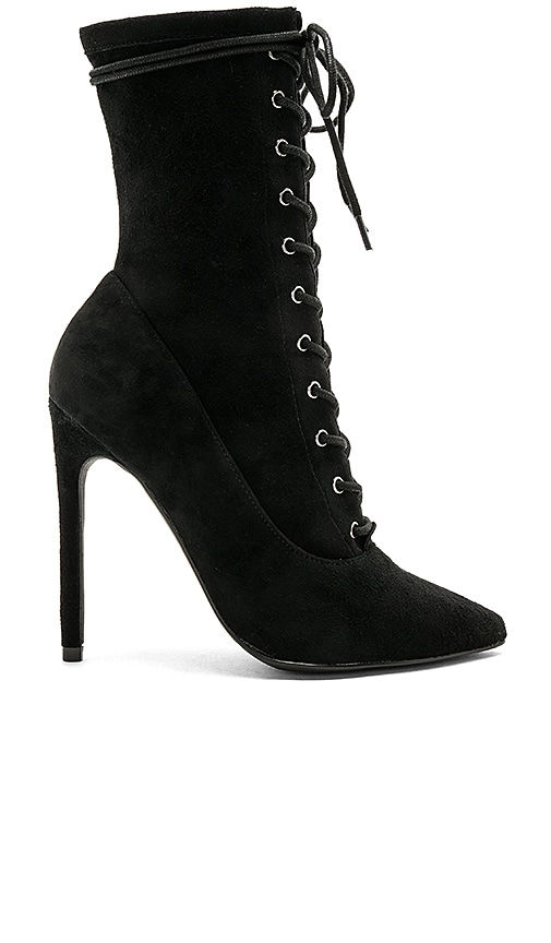 Steve Madden Satisfied Boot in Black