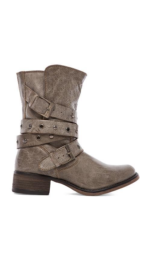 Boxa Boot
