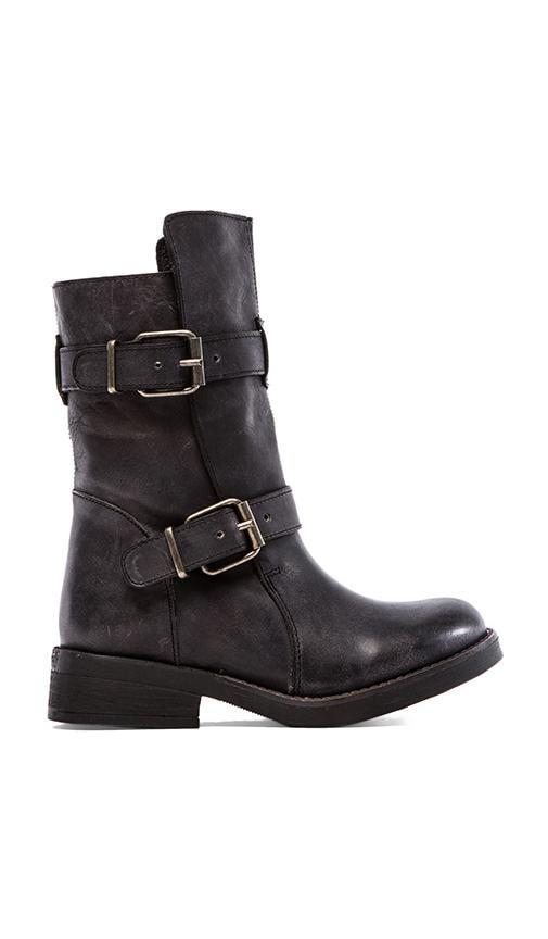 Caveat Boot