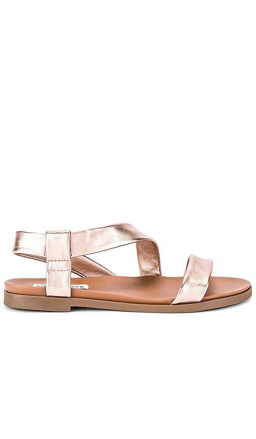Dessie Sandal