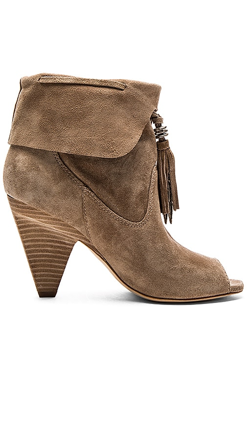 Sigerson Morrison Faro Heel in Taupe