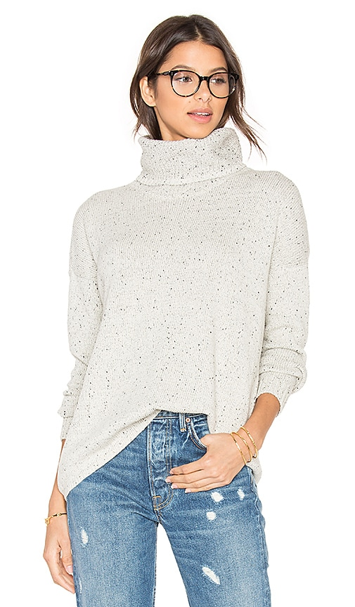 Soft Joie Lynfall Sweater in Light Gray