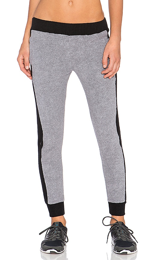 SOLOW Sherpa Jogger Pant in Black & Charcoal