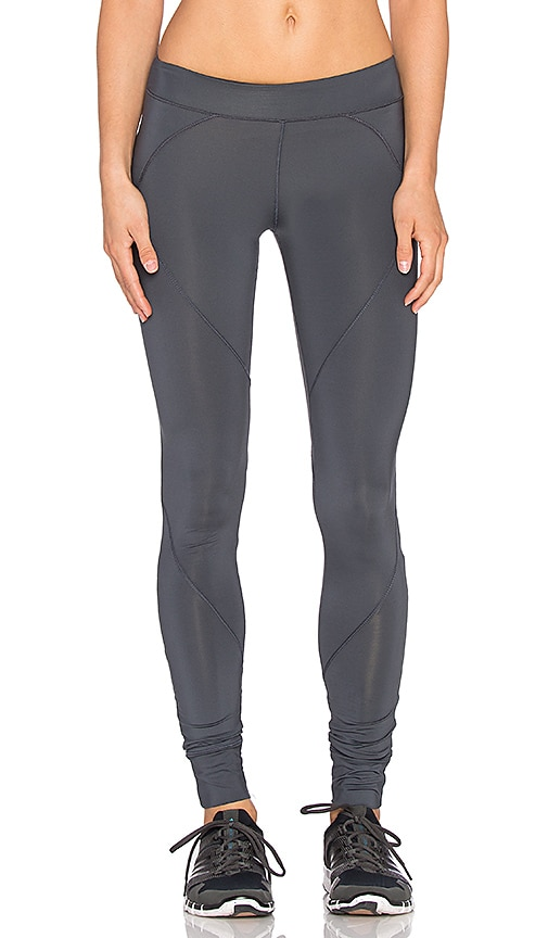 SOLOW Seamed Basic Running Legging in Carbon