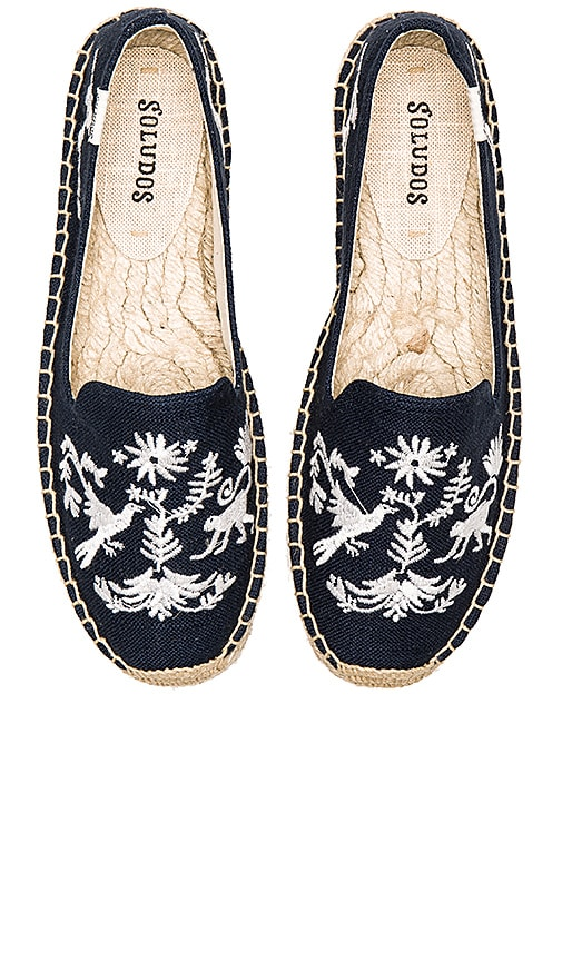 Soludos Otomi Embroidered Platform Smoking Slipper in Navy & White