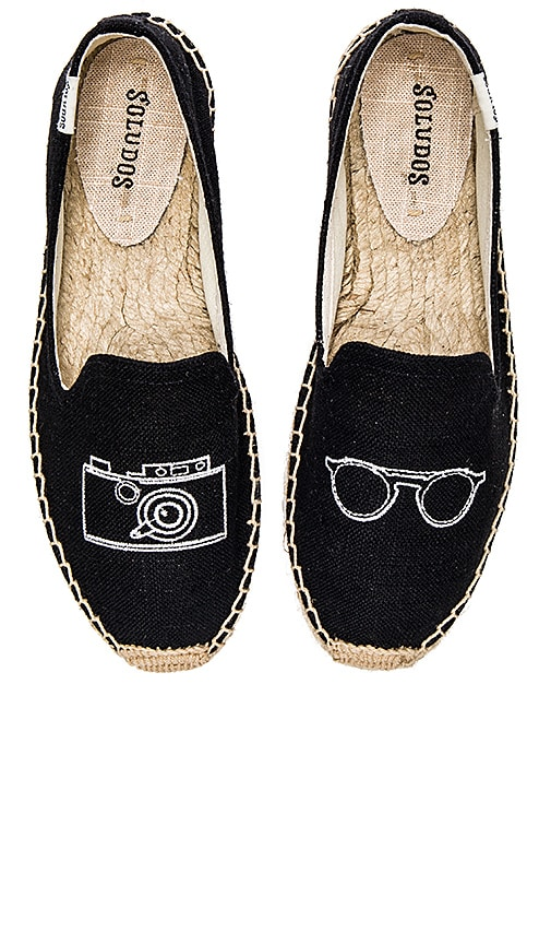 Camera Embroidered Smoking Slipper