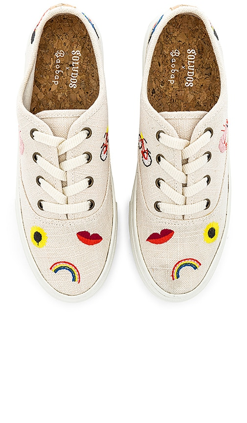Embroidered Porto Sneaker