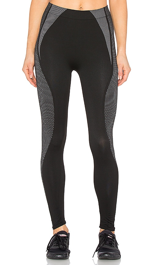 2091ac54ac3636 SPANX Cropped Athletic Seamless Leggings in Athletic Black | REVOLVE