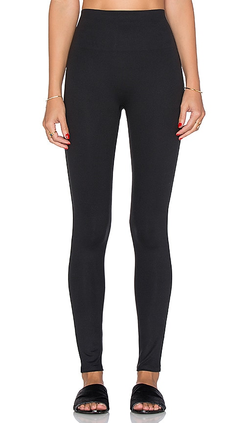 dfc34f738292d SPANX Essential Leggings in Very Black | REVOLVE