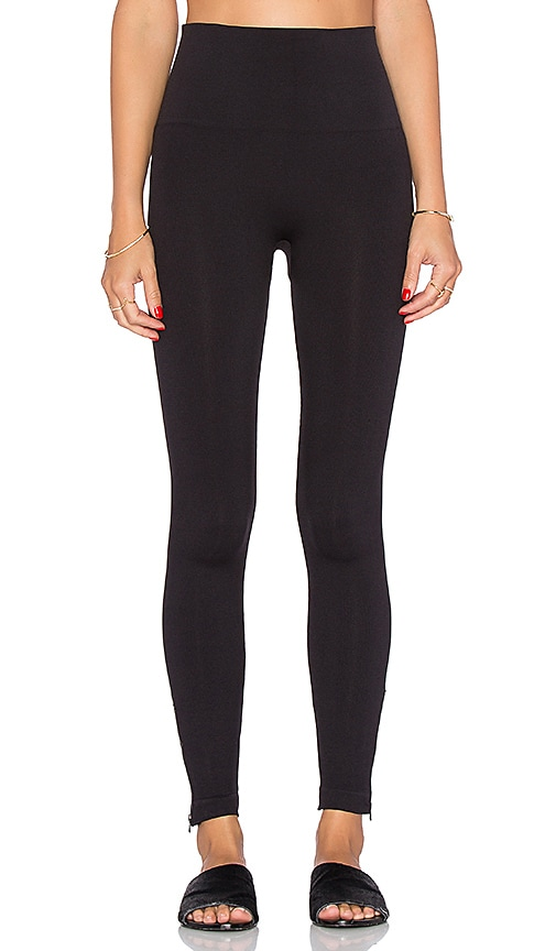 0c2b9e2e13b120 SPANX Seamless Side Zip Leggings in Very Black | REVOLVE