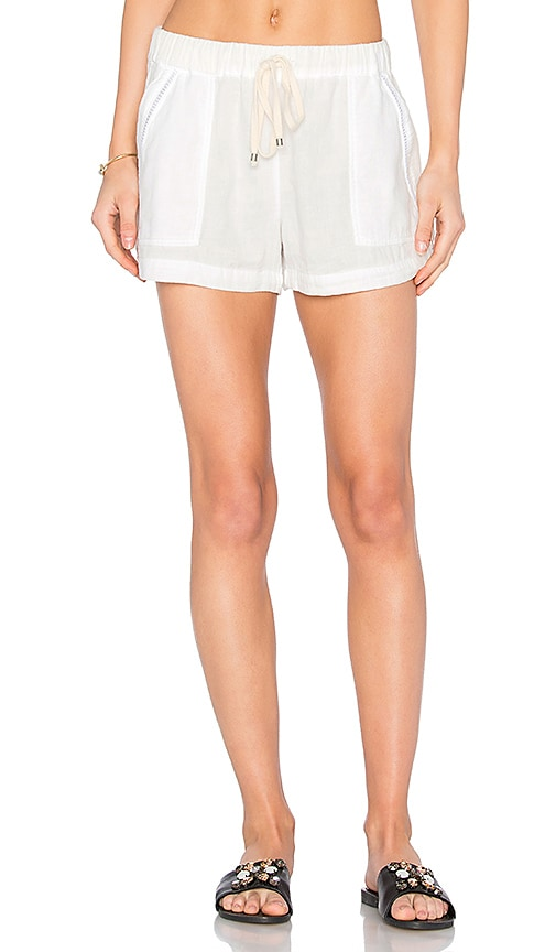 Splendid Lattice Short in White