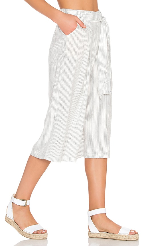 Splendid Marina Pinstripe Cropped Pant in White