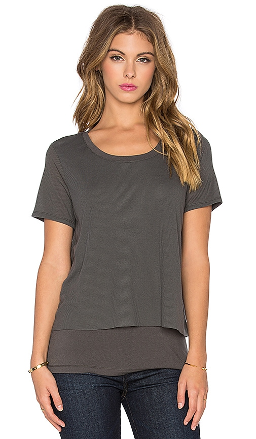 Splendid Feather Rib Cozy Jersey Tee in Gunmetal