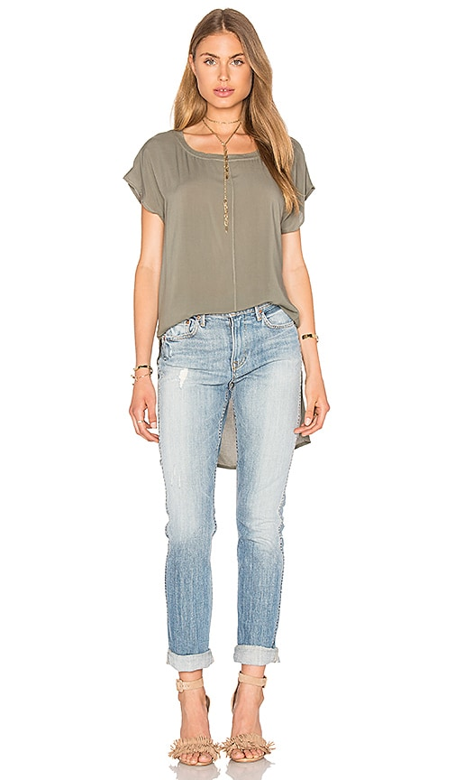 Splendid Hi Low Tee in Olive