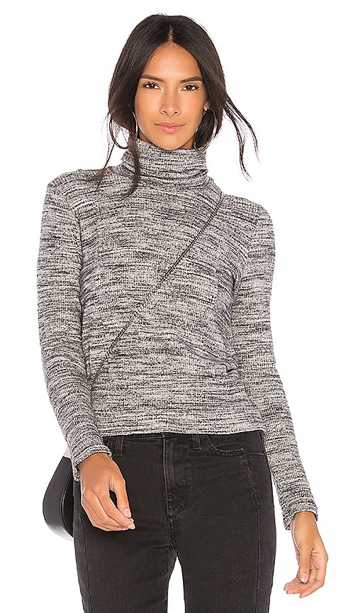 Splendid Long Sleeve Top in Gray
