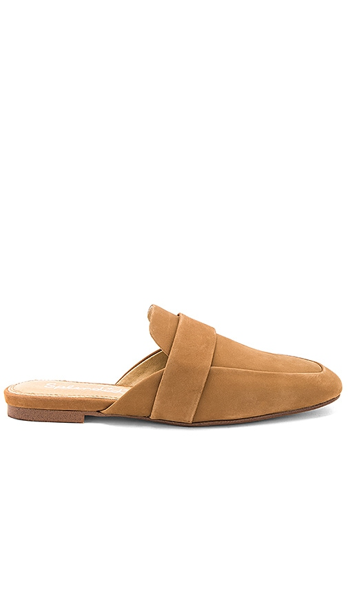Splendid Delroy Mule in Tan