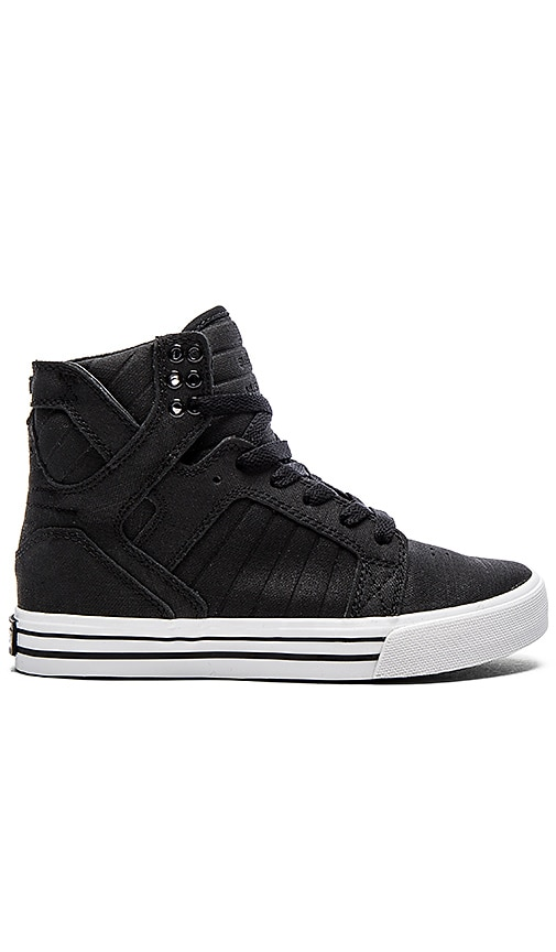 Skytop Satin Sneaker