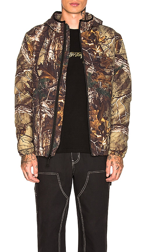 57a186e58505f Stussy Realtree Insulated Hooded Jacket in Camo | REVOLVE