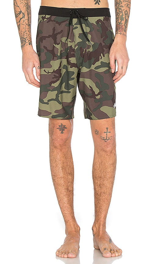Stussy Camo Trunk in Army