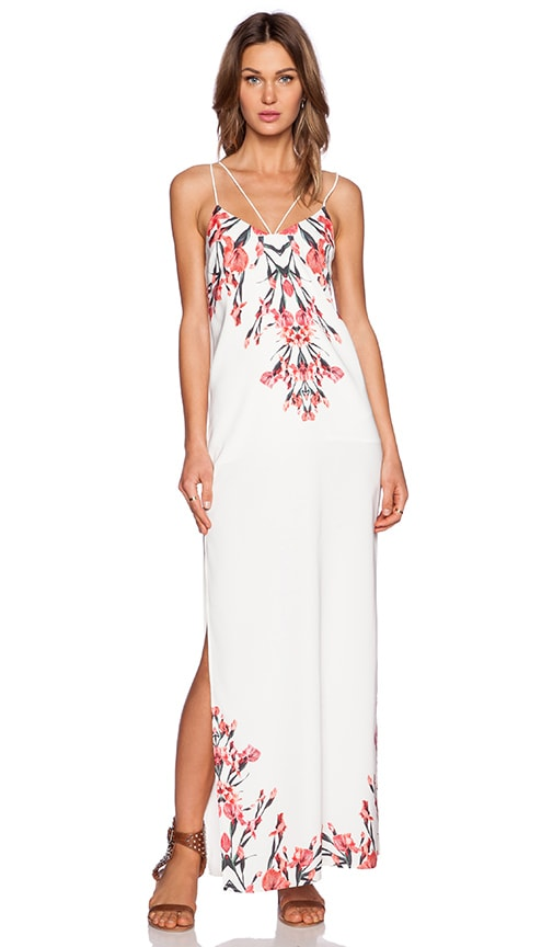 STYLESTALKER Auspicious Maxi Dress in Floral