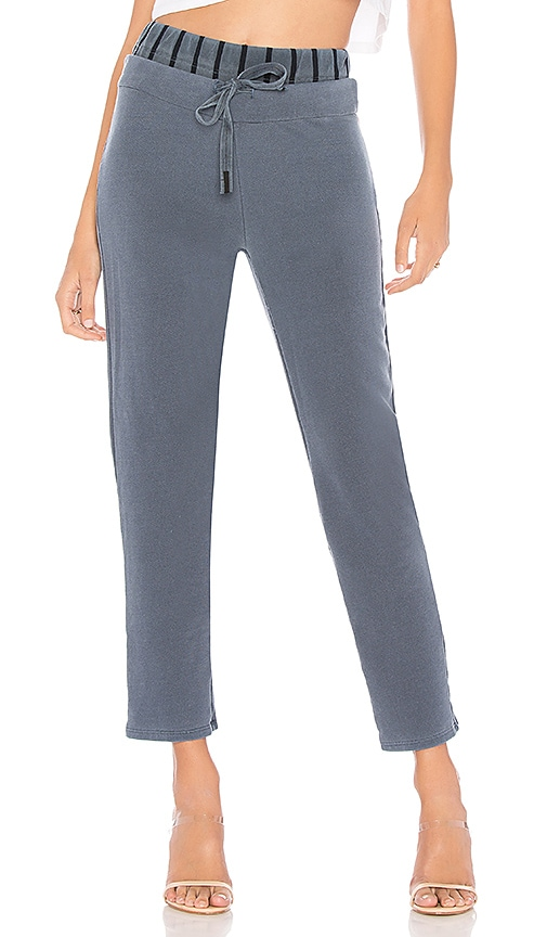 Stateside Cropped Sweatpant in Blue