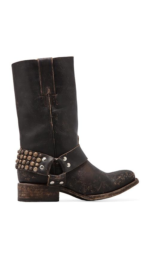 Thompson Stud Boot