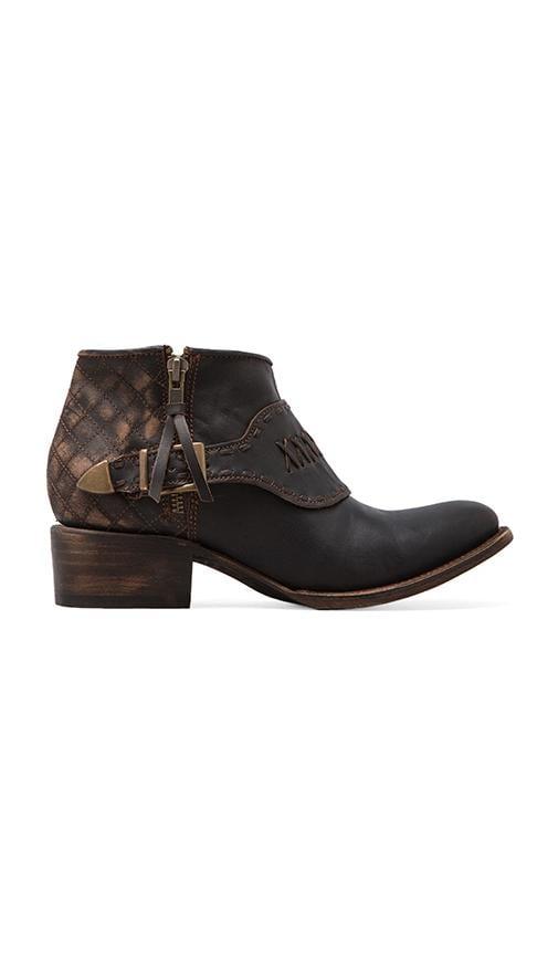 Grand Boot