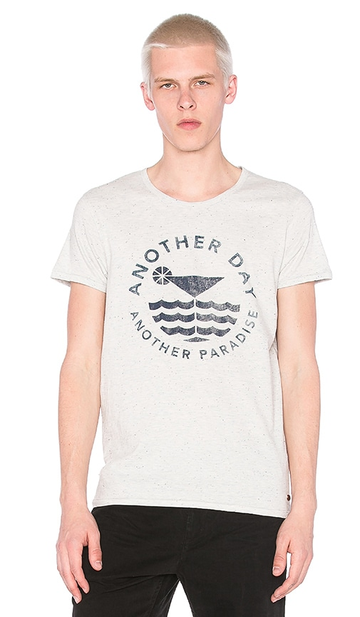 Scotch & Soda Shortsleeve Tee with Monochrome Artwork in Blue