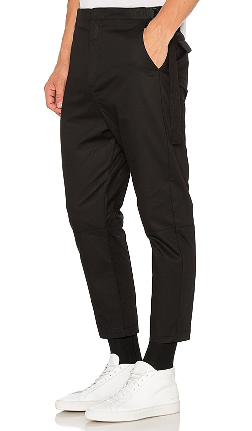 Stampd Strap Chino in Black