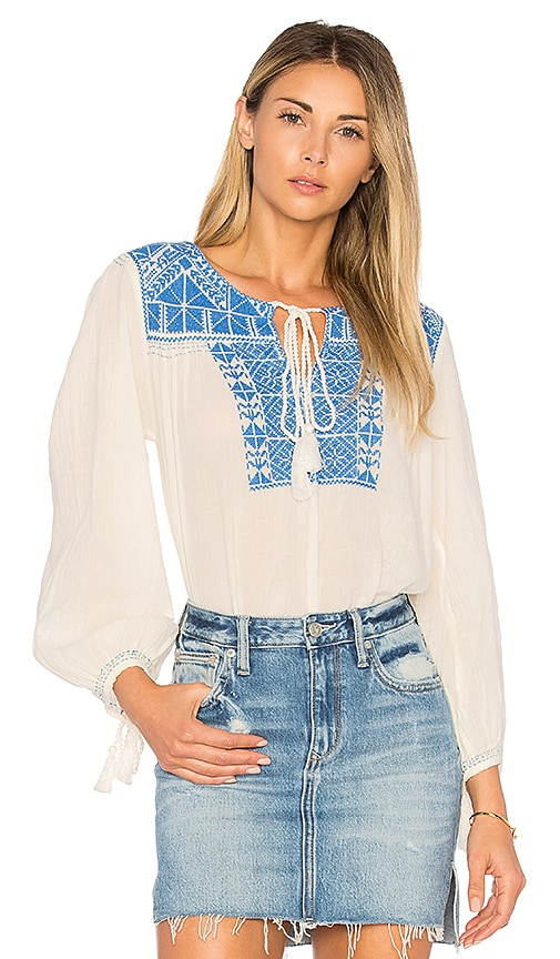 Star Mela Vero Embroidered Top in Ivory