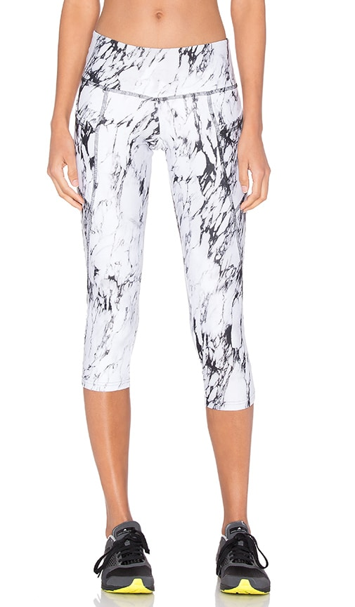 STRUT-THIS Flynn Capri in White Marble