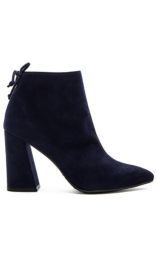 Stuart Weitzman Grandiose Bootie in Navy