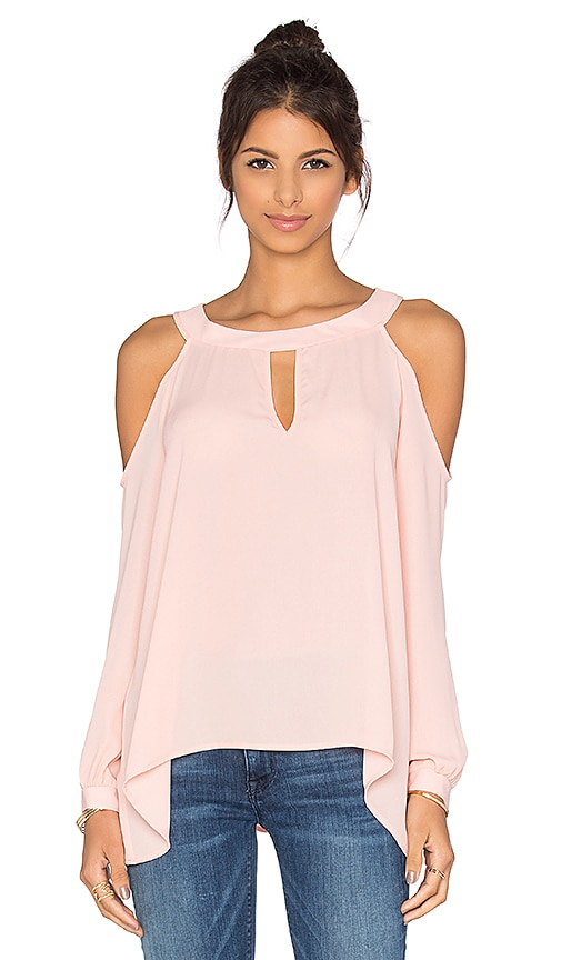 Three Eighty Two Lucy Cold Shoulder Top in Quartz