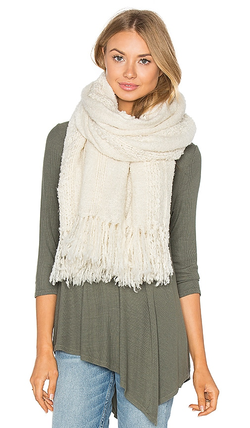 Tejido Boucle Scarf in Ivory