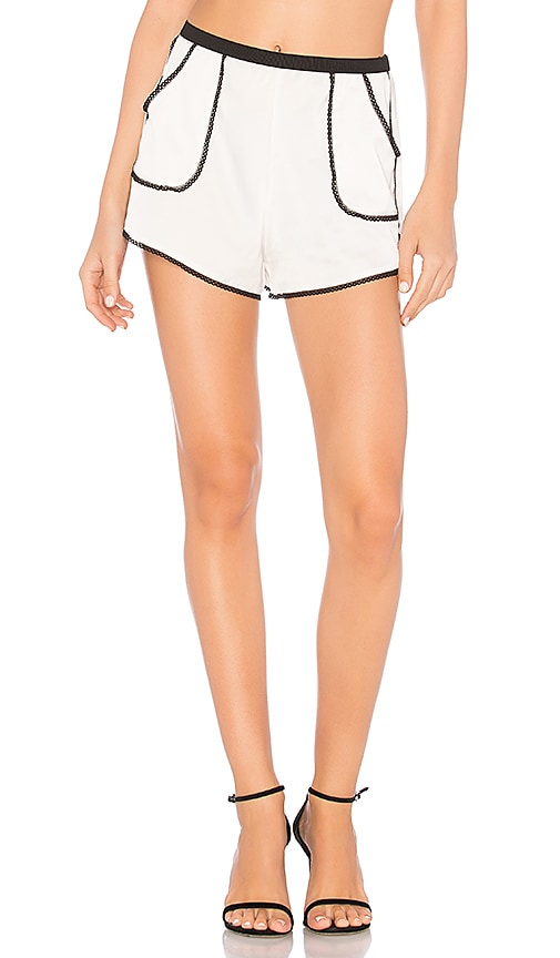 Thistle & Spire Devoe Short in White
