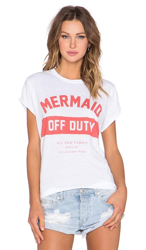 Mermaid Off Duty Rolling Tee